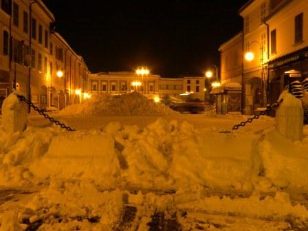 Piazza-Dante_imagelarge.jpg
