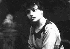 """Elena Bucci legge """"Dimenticare Tosca"""" di Angelo Fanton"""
